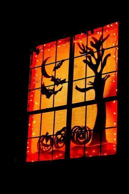 Halloween deco fenetre for Decoration fenetre halloween